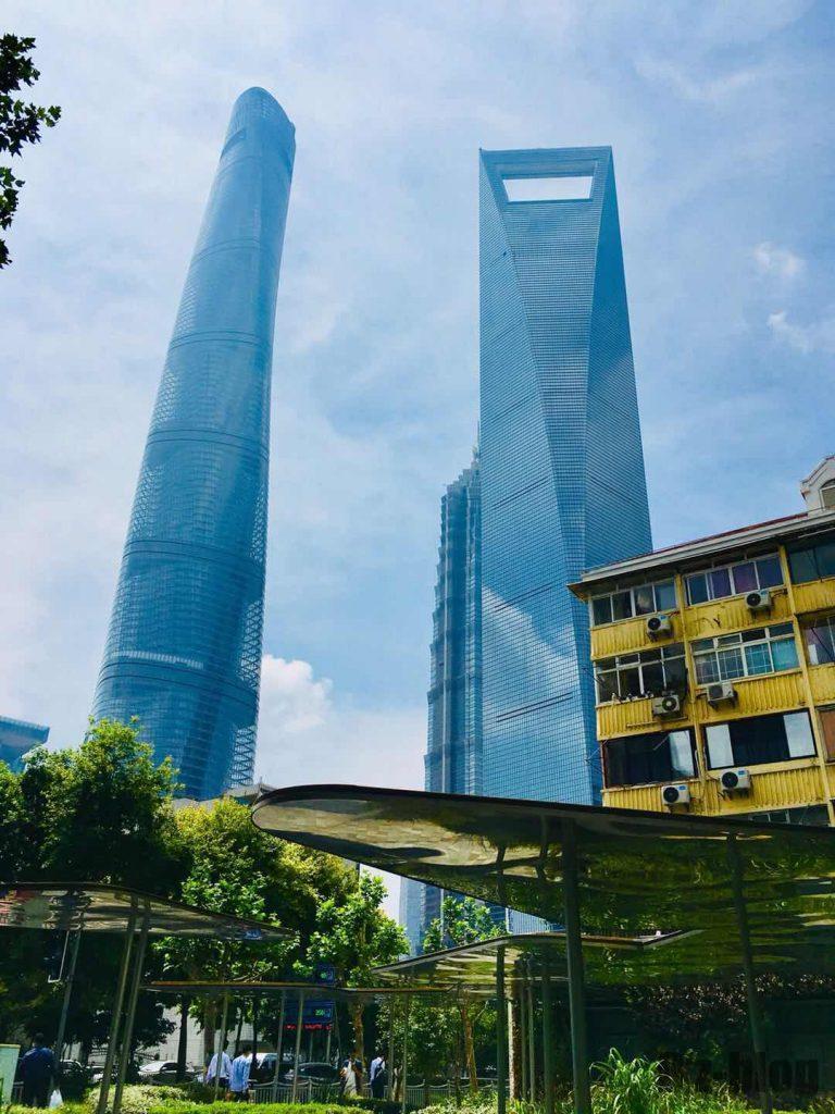 上海東昌路駅前⑧