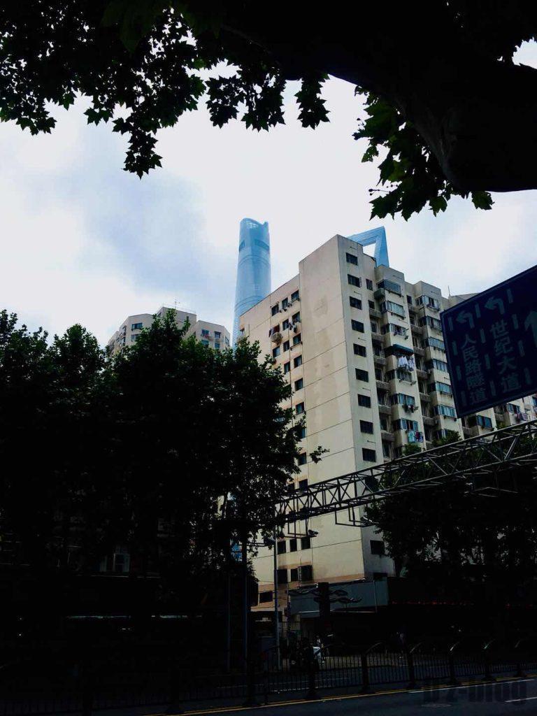 上海東昌路駅前④