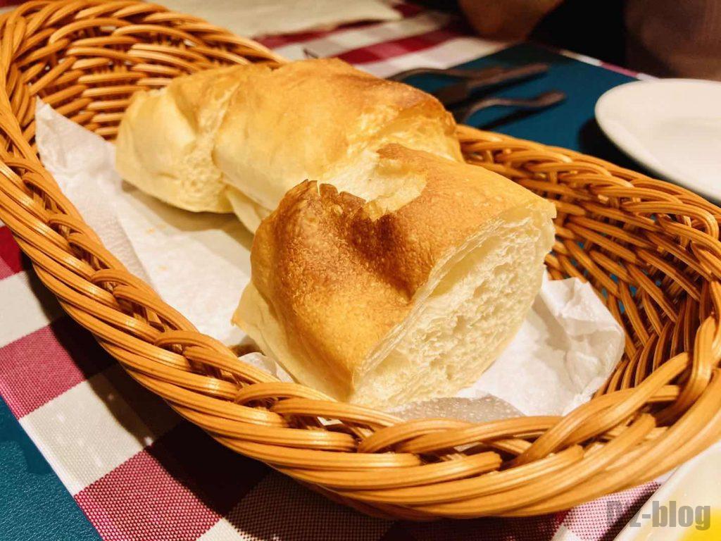 上海ソラーレ2号店フランスパン