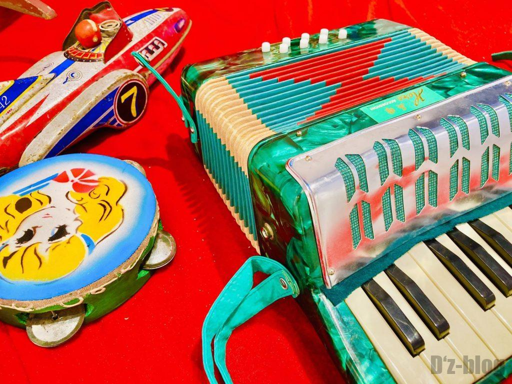 上海80年代博物館子供おもちゃ楽器