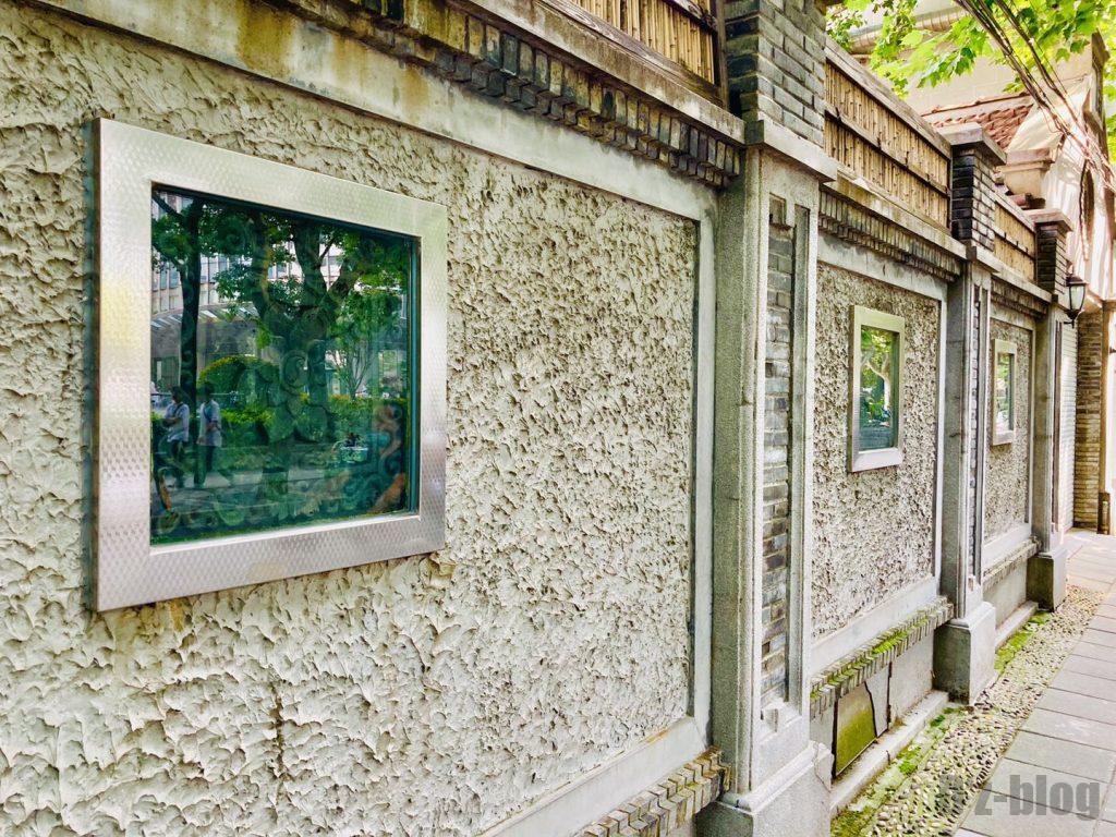 上海安福路道中の壁画2