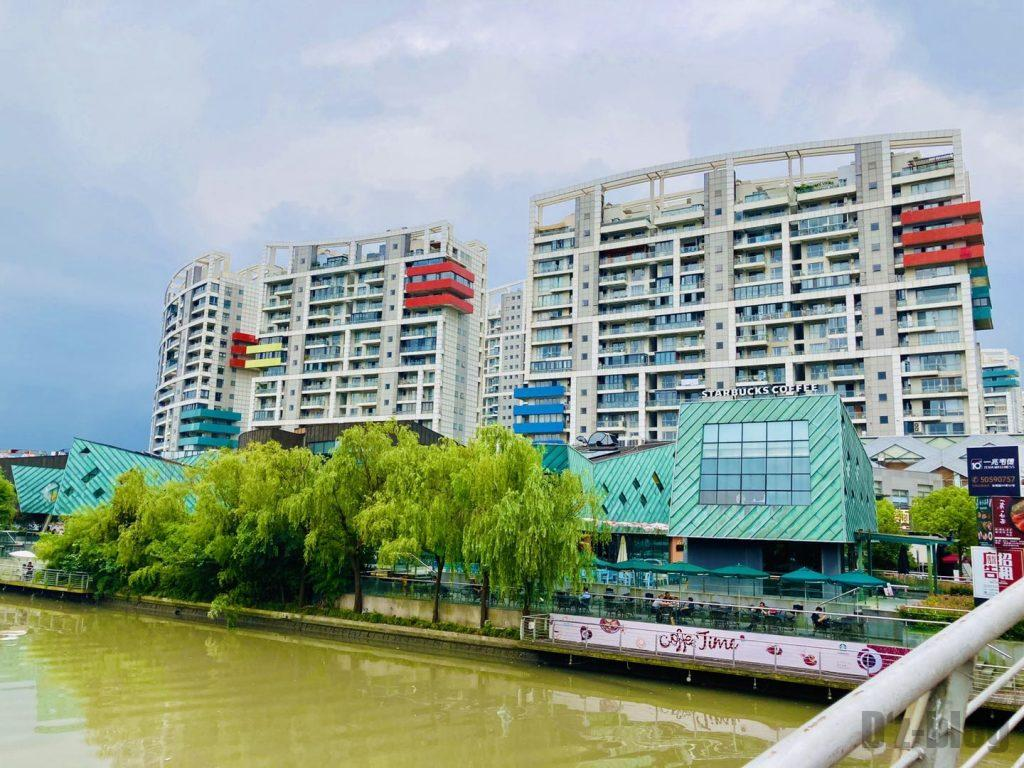 上海科技館付近の川