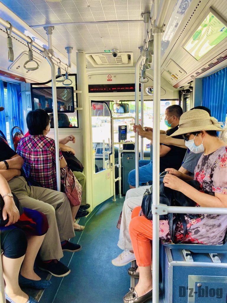 上海南翔バス内
