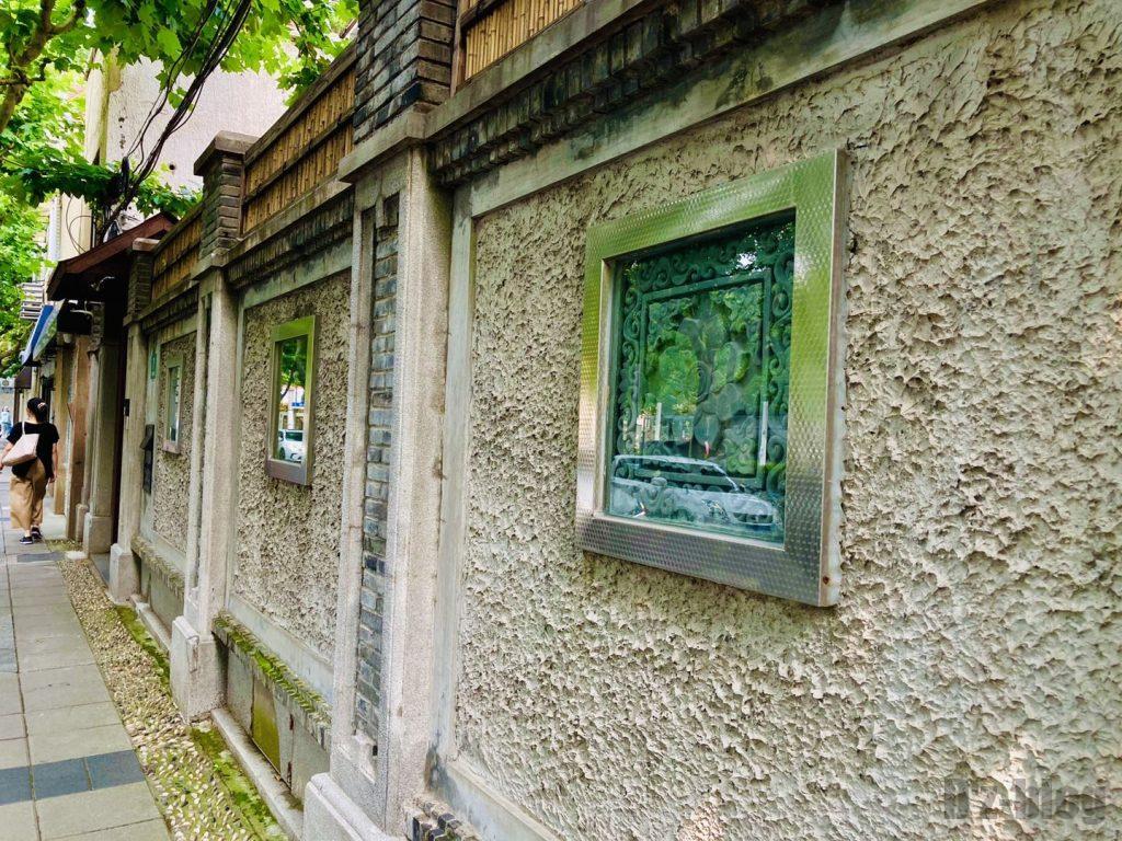 上海安福路道中の壁画