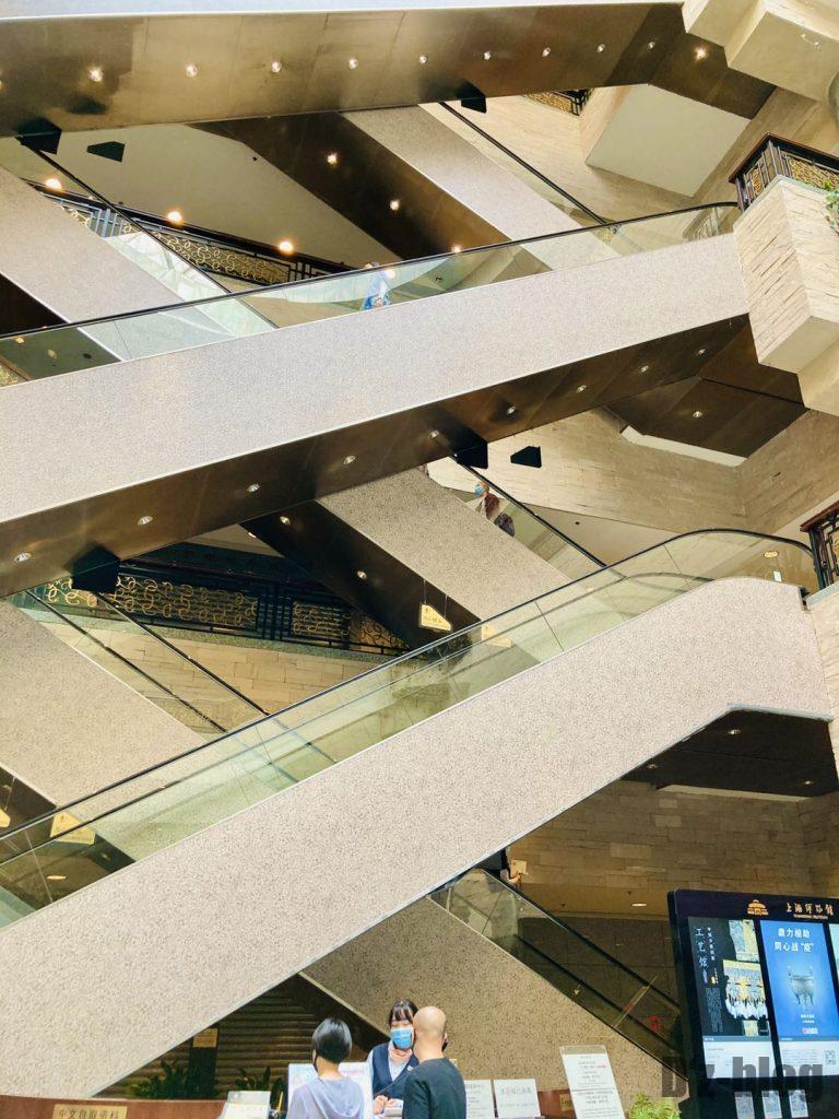 上海博物館エスカレーター