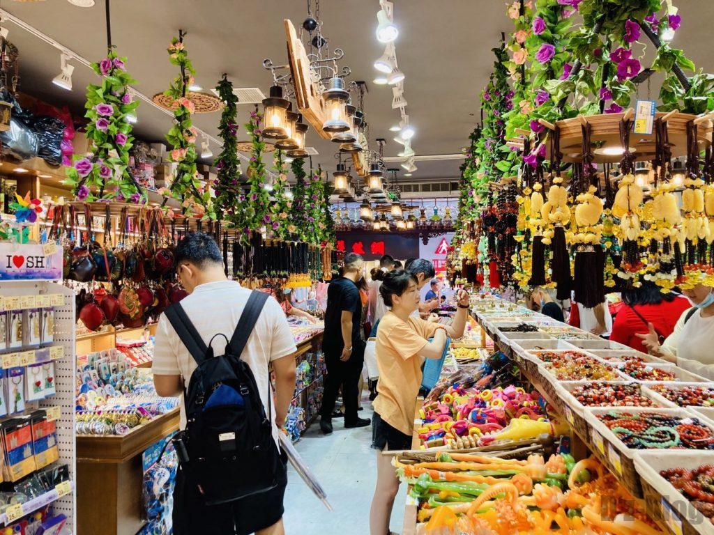 上海豫园土産屋店内