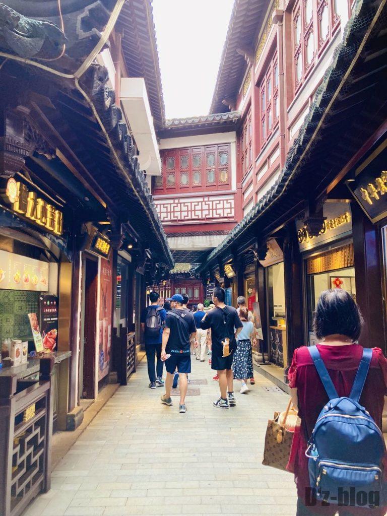 上海豫园内小道