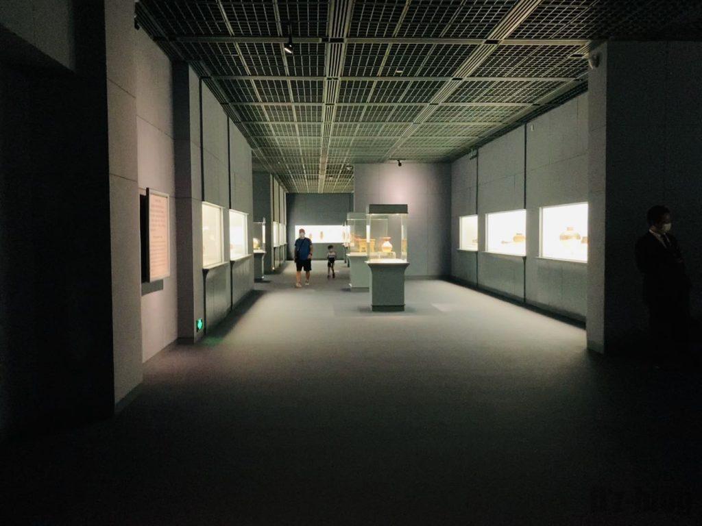 上海博物館陶器館館内