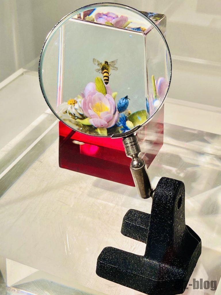 上海琉璃芸術博物館ガラスの中のミツバチ