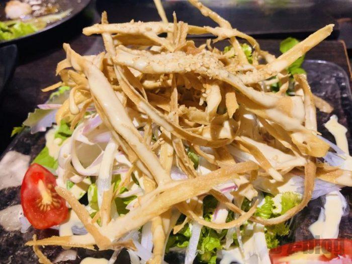 上海焼肉居酒屋 ごぼうサラダ