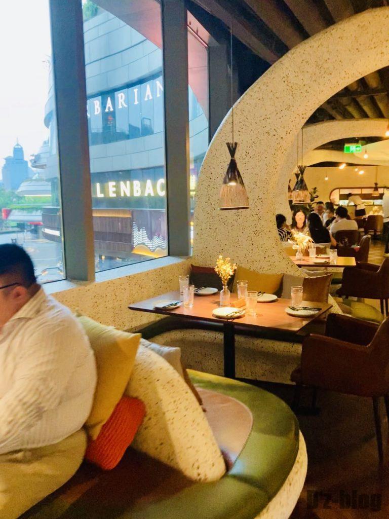 上海TapaTapa 店内入ってすぐ
