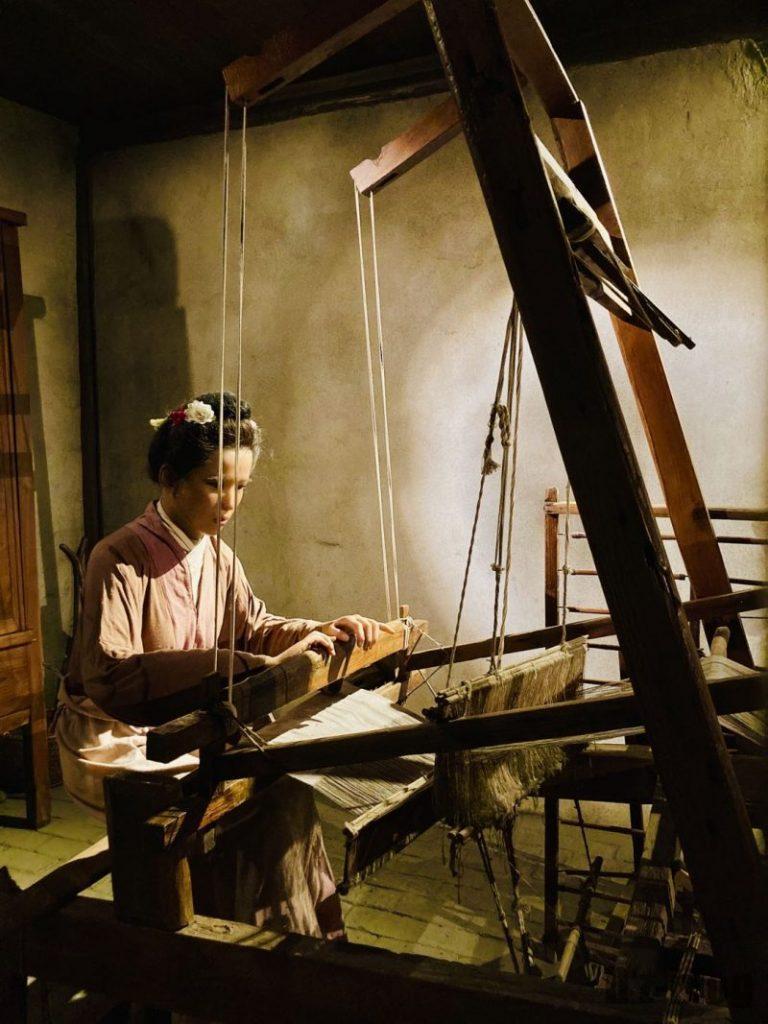 上海城市歴史発展陳列館 機織り