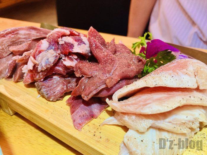 上海肉力屋 豚肉の部位盛り