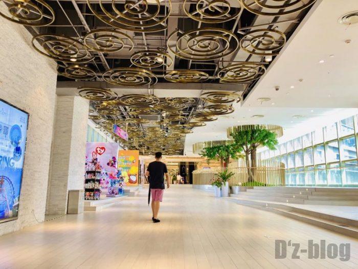 上海大悦城 館内廊下