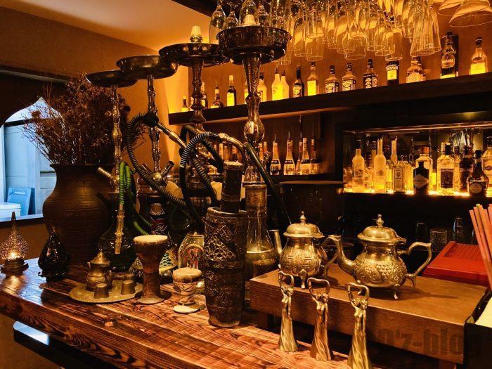 上海Tajine Moroccanカウンター席と水たばこ