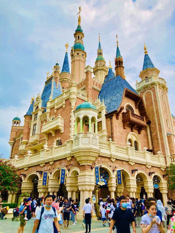 上海ディズニーランドシンデレラ城裏側外観