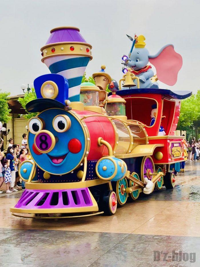 上海ディズニーランド午前パレード汽車