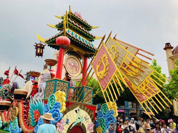 上海ディズニーランド午前パレード三国志最後尾