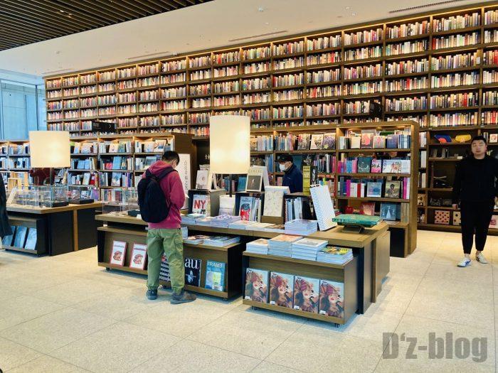 杭州TSUTAYA書店撮影とファッション雑誌芸術のフロア本棚全体