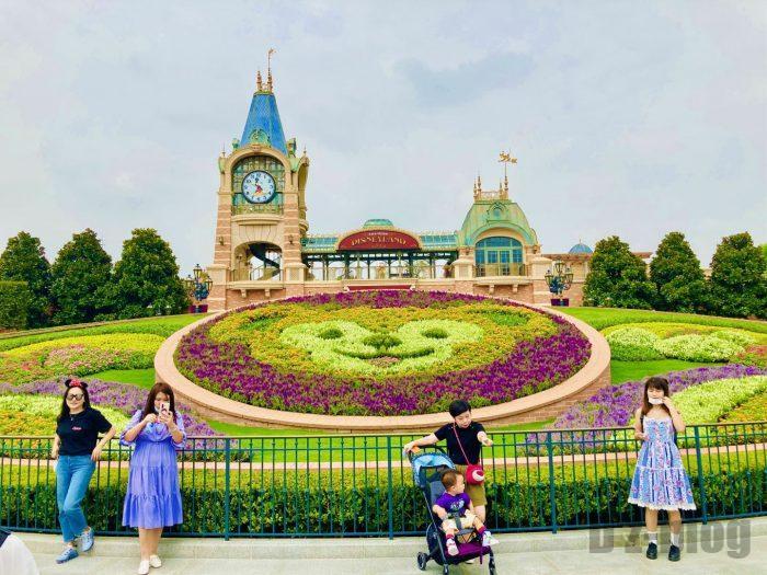 上海ディズニーランド入り口正面