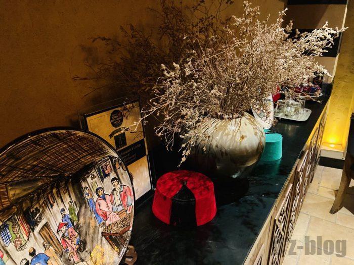 上海Tajine Moroccan店内ディズプレイ