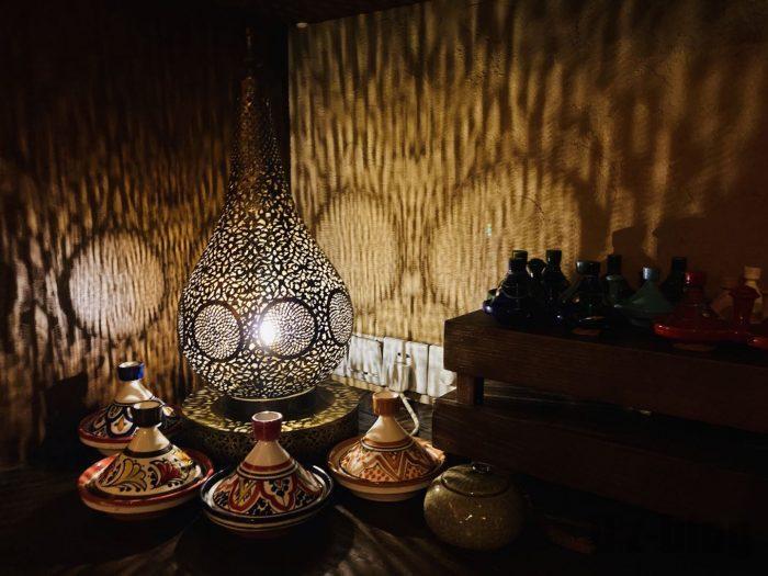 上海Tajine Moroccan店内ディズプレイライト