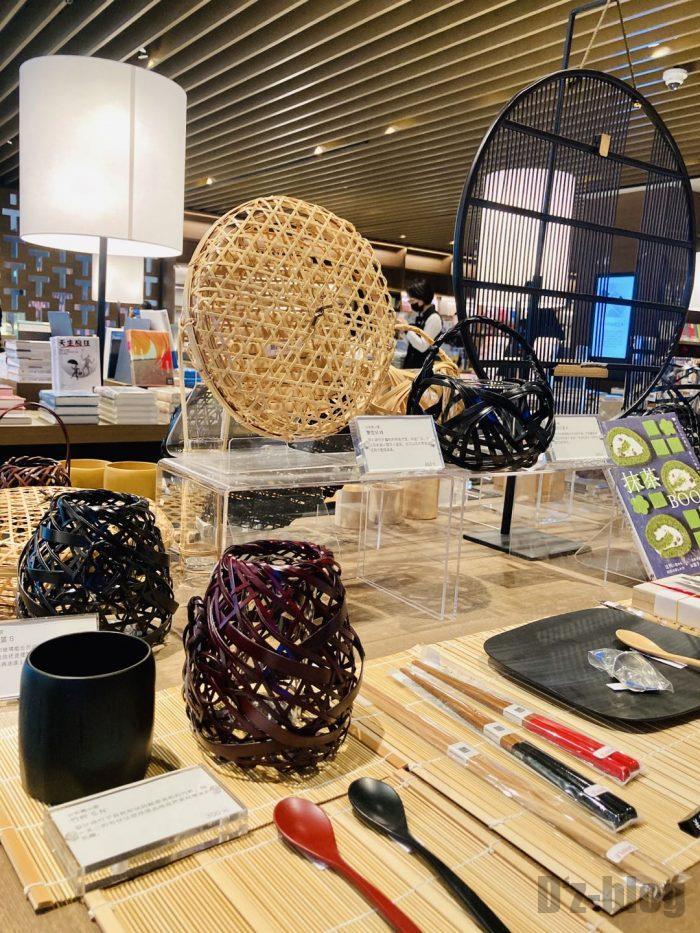 杭州TSUTAYA書店地下一階フロア竹の編み物