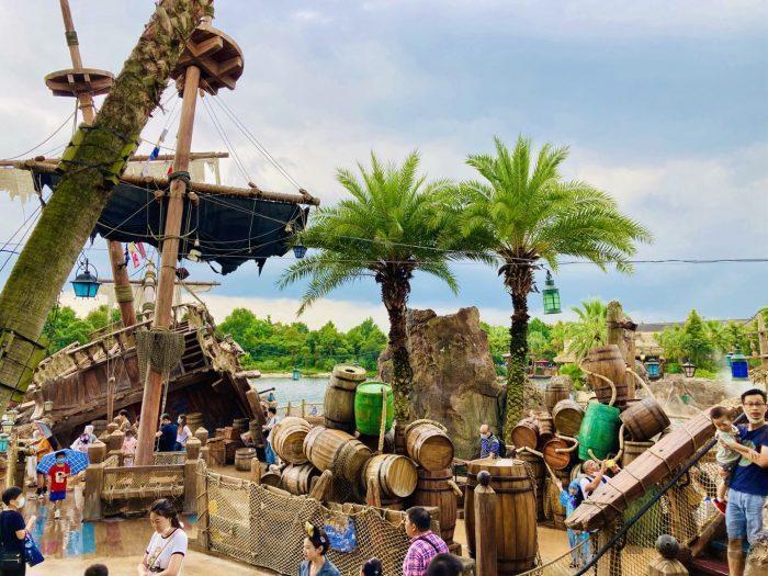 上海ディズニーランド海賊船風景