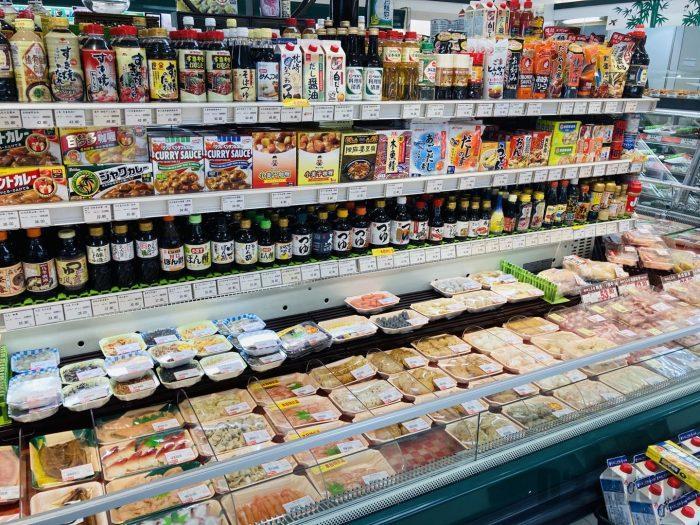 上海新快 お肉と調味料コーナー2