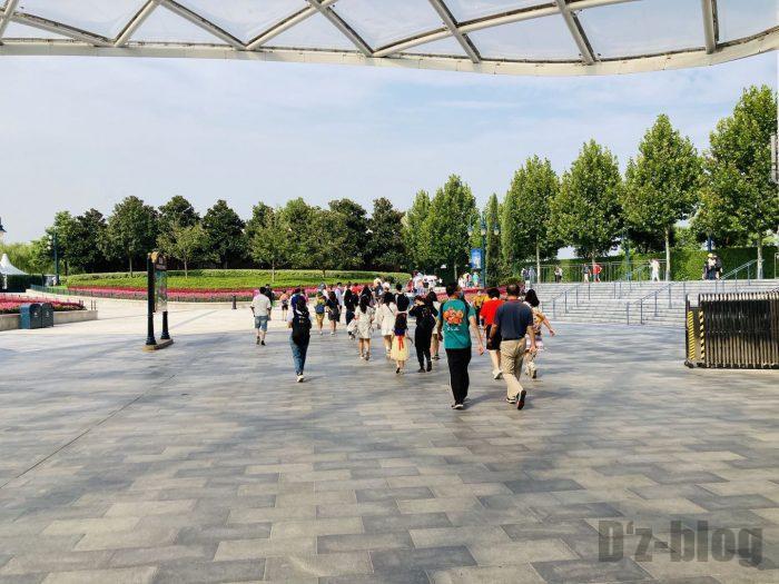 上海ディズニーランド駅外