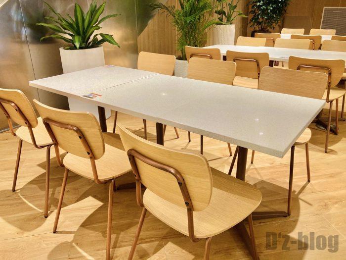 上海森ビル地下二階テーブル席②