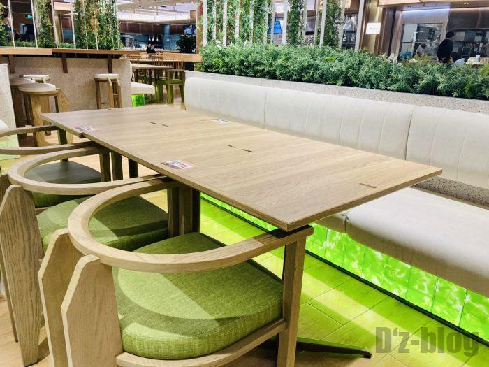 上海森ビル地下二階テーブル席⑬