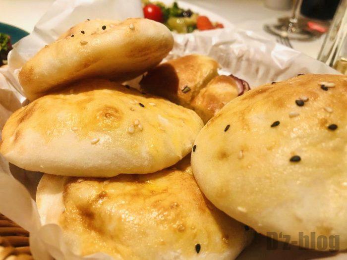 上海PashaTurkishRestaurantパン盛り合わせ