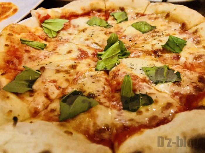 上海稲忠料理ピザ