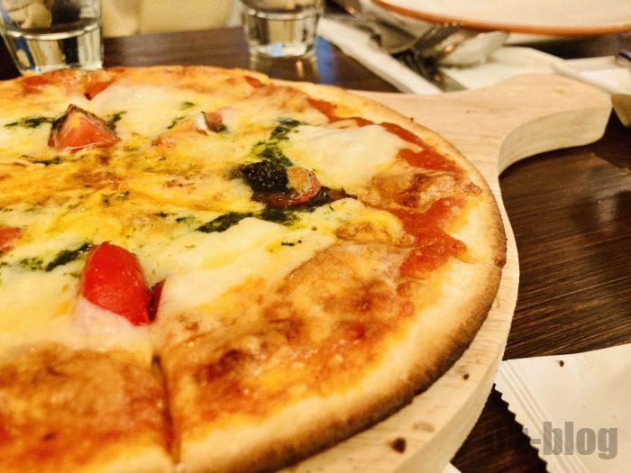 上海BAROLOピザ