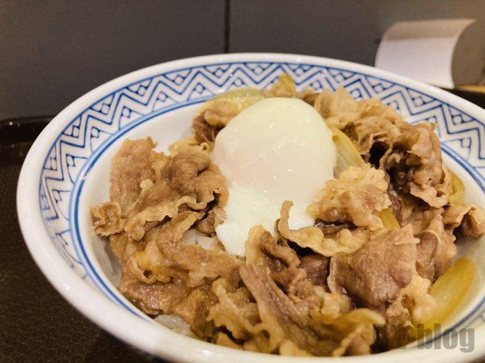 上海吉野家卵のせ牛丼