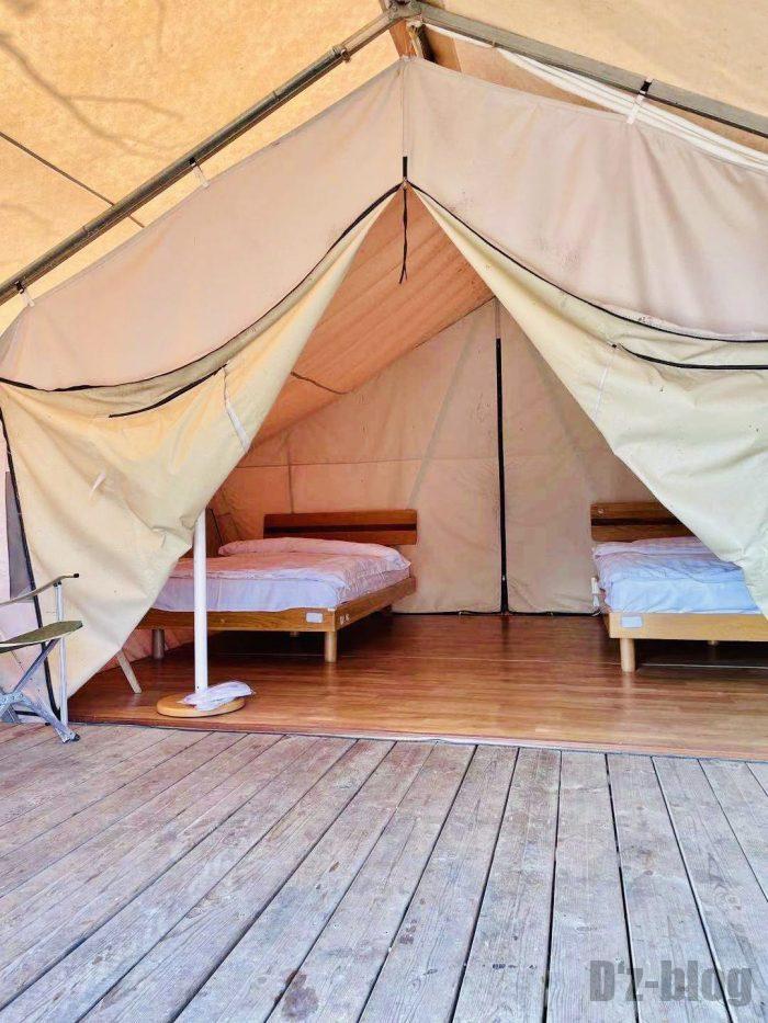 上海光明海湾国家森林公園キャンプテント内