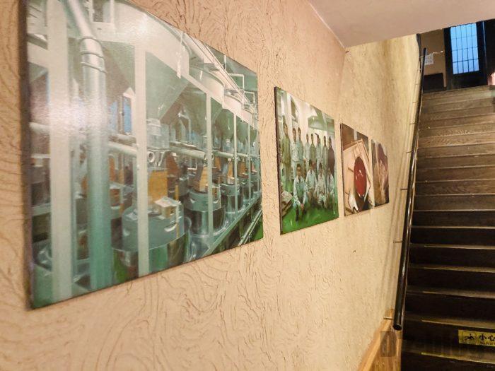 上海紋兵衛本店階段