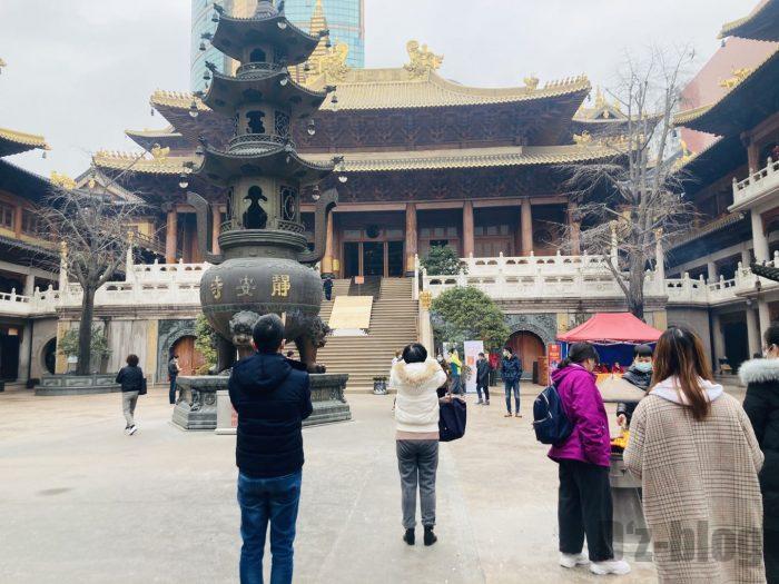 上海静安寺中庭③