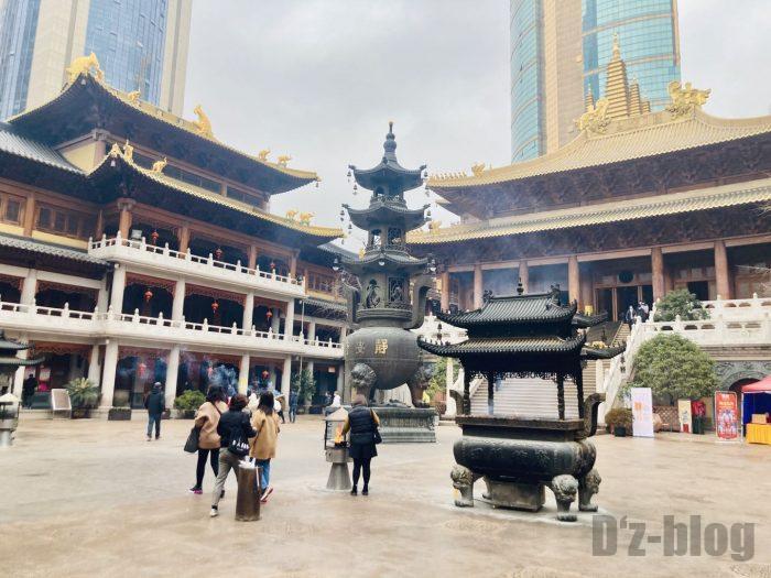 上海静安寺中庭