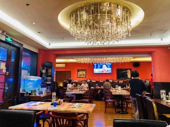 上海钨节路新加坡餐厅店内